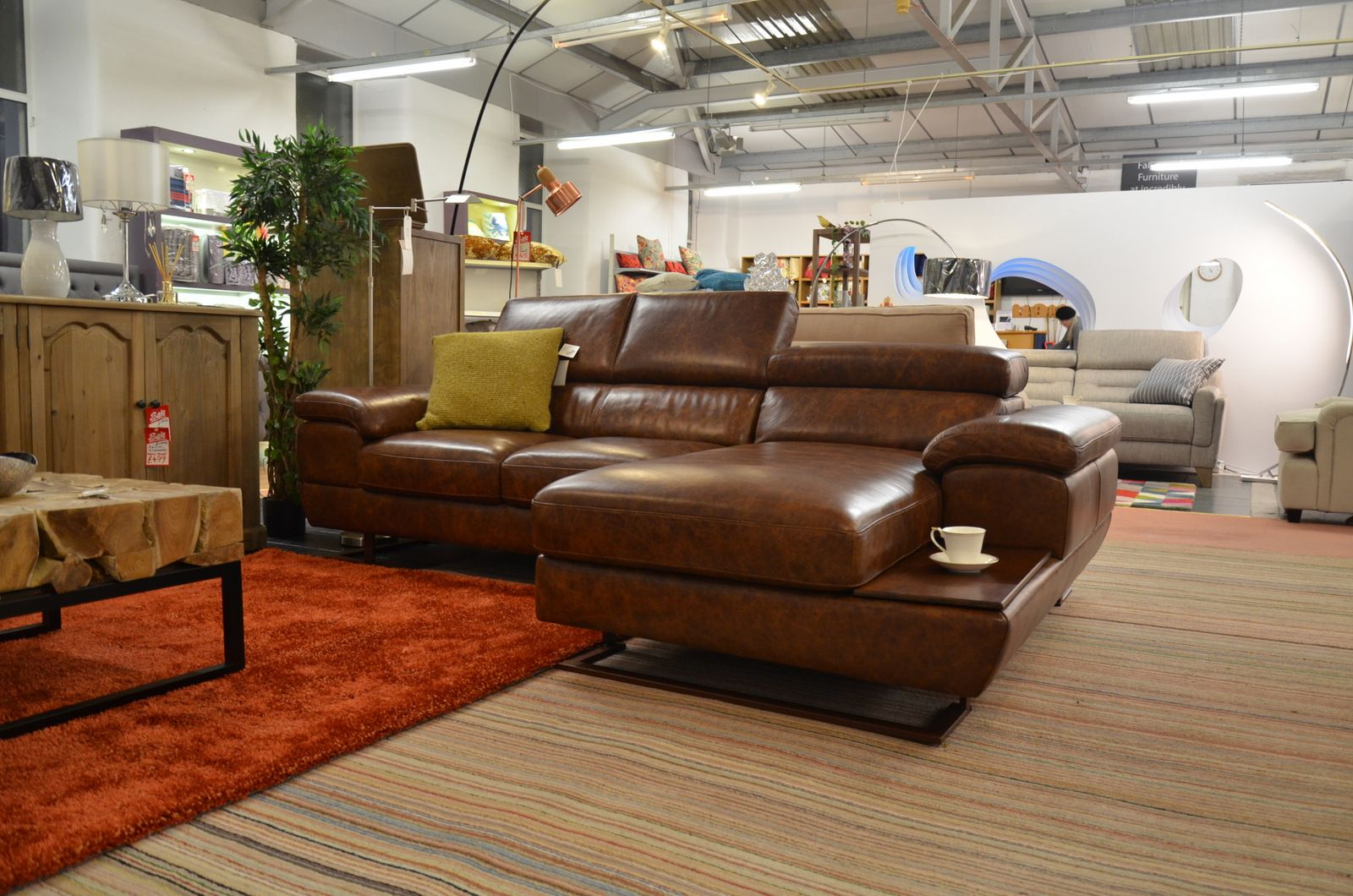 Feroce Chaise Sofa in Brown Leather with Pull Out Seats and Adjustable  Headrests