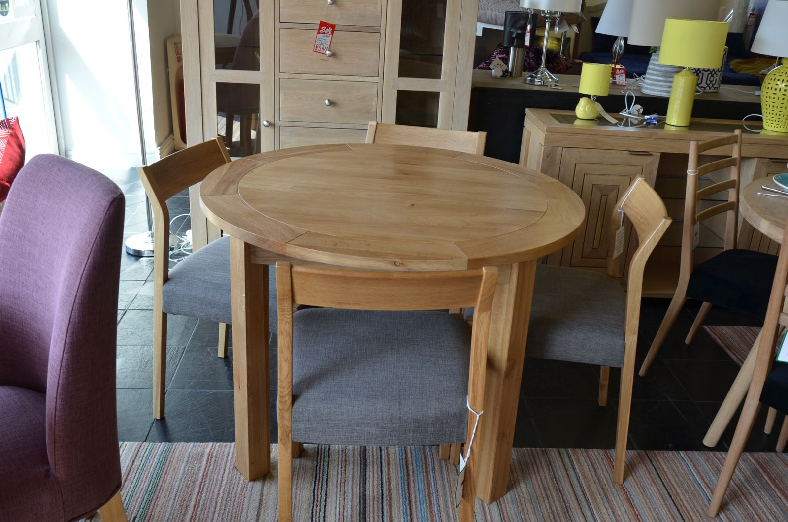 Magnificent Normandy Round Dining Table And 4 Skandi Chairs Squirreltailoven Fun Painted Chair Ideas Images Squirreltailovenorg