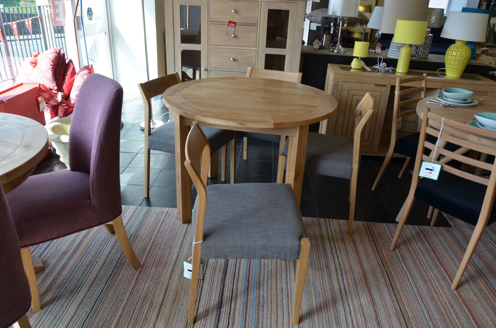 Amazing Normandy Round Dining Table And 4 Skandi Chairs Squirreltailoven Fun Painted Chair Ideas Images Squirreltailovenorg