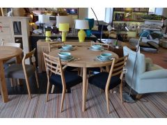 Boston Round Dining Table and 4 Matching Boston Chairs