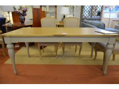 Malvern Extending Dining Table in Pale Grey