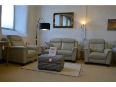 ex display Manhattan 2 seater sofa and 2 armchairs at the worthington brougham furniture clearance outlet