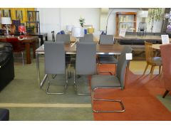 Kluskens Walnut Dining Table and 6 Dining Chairs