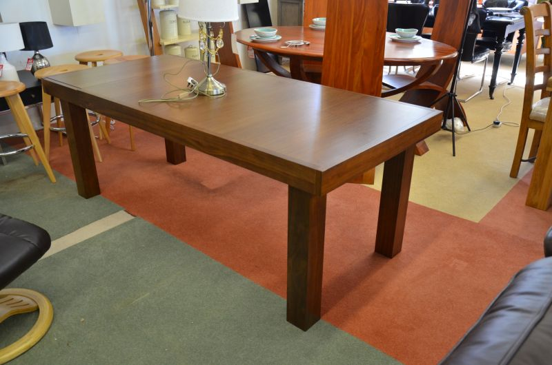 Ex Display Bentley Designs Furniture Dining Table