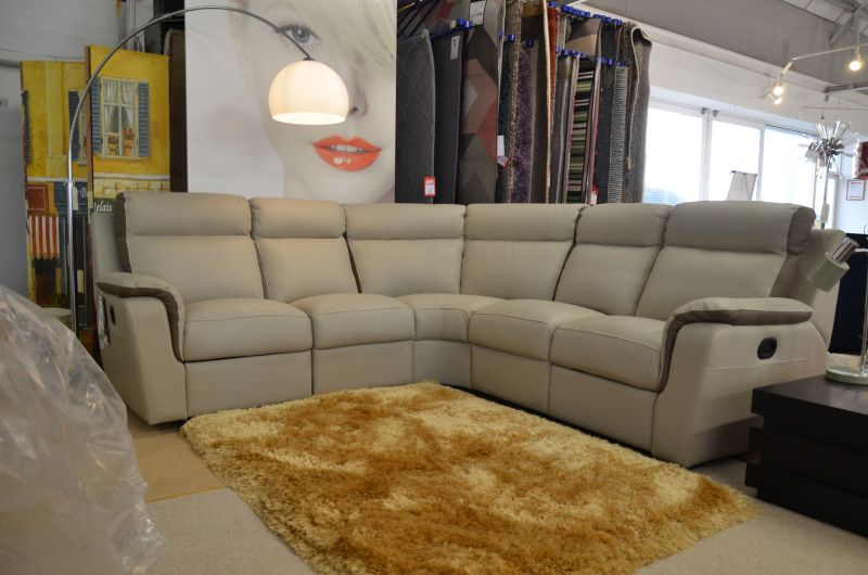 ex display corner sofas Italian leather sofa luxurious recliners Clitheroe Ribble Valley Lancashire sofa showroom