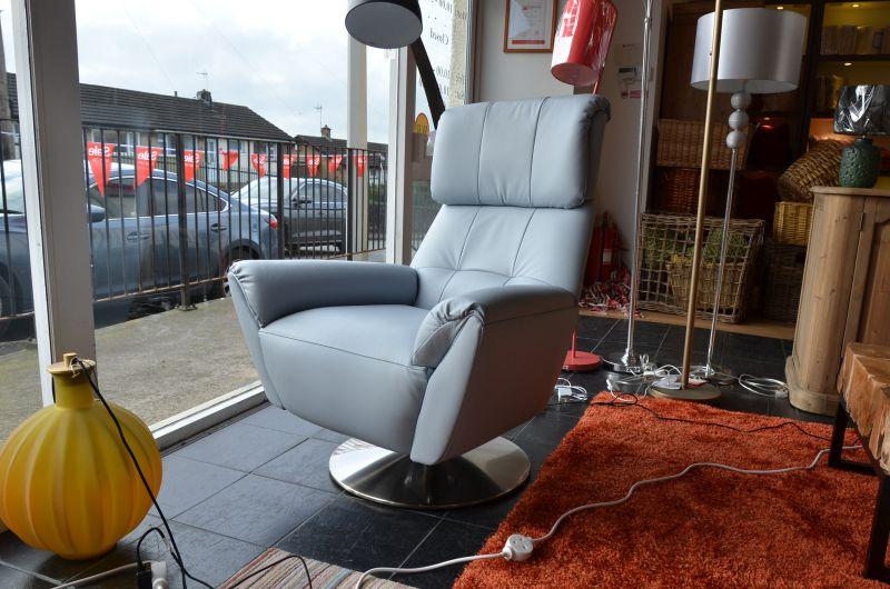 ex display designer chair 1703 evolution armchair