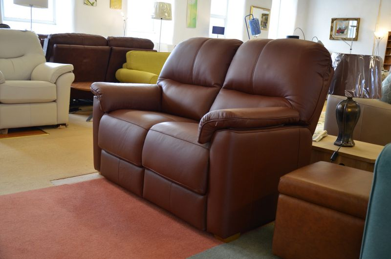 ex display sofas Chadwick two piece suite leather two seater sofa set