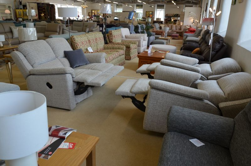 Cotswold reclining suite ex display sofas Lancashire