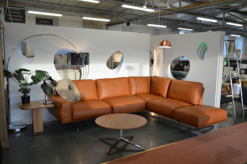 designer discount sofas Ribble Valley Italian Leather Corner Sofas at clearance prices - better than Natuzzi !