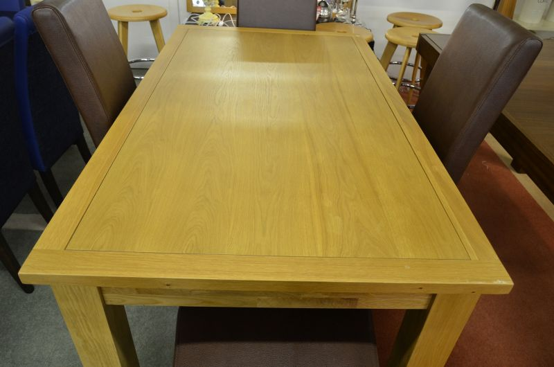 Half Price Oak Dining Table Lancashire