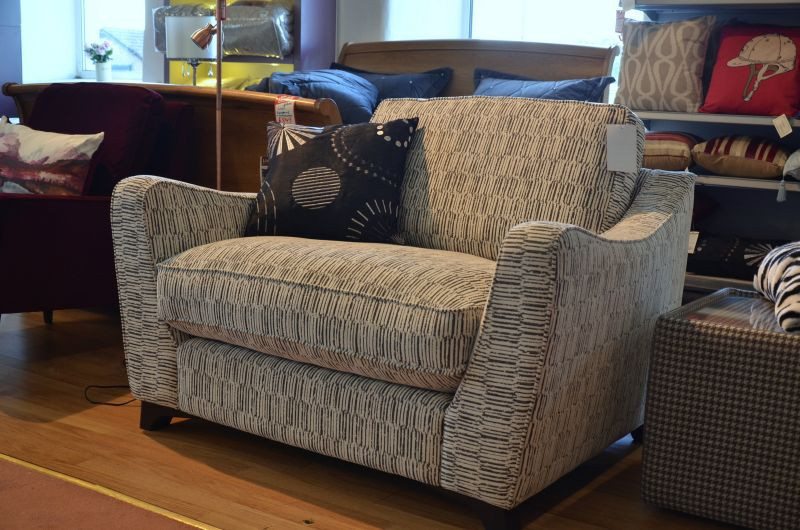 ex display sofas and suites with fast delivery in the UK