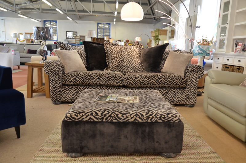 ex display sofas and half price designer sofas in the Ribble Valley, Lancashire from our sofa shop near the A59