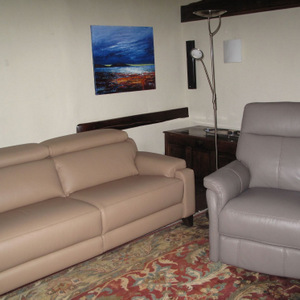 Designer leather suites near Bolton